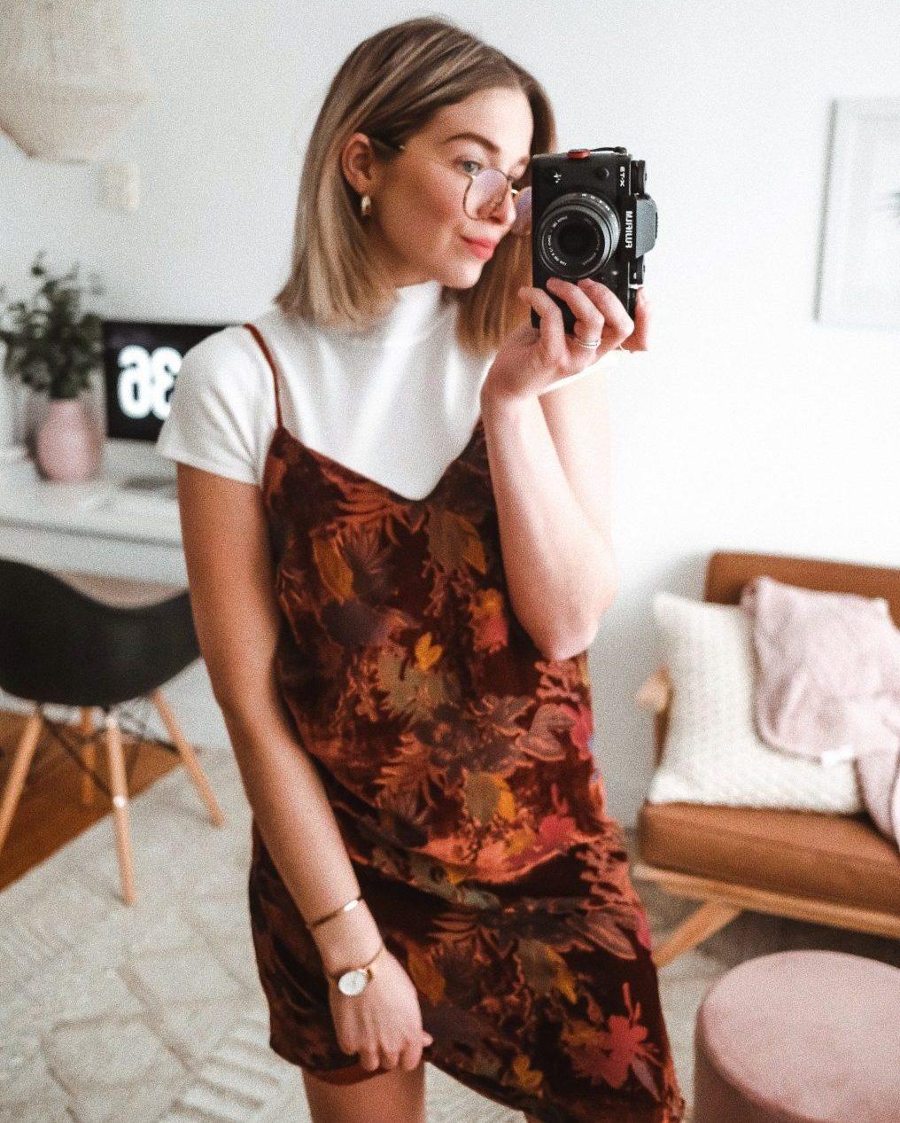 Justine Brouillette, robe avec col roulé