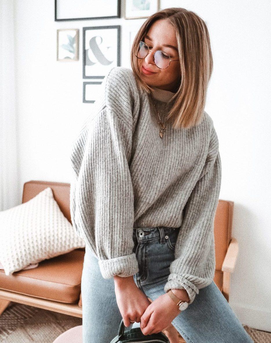 Justine Brouillette, laine avec col roulé