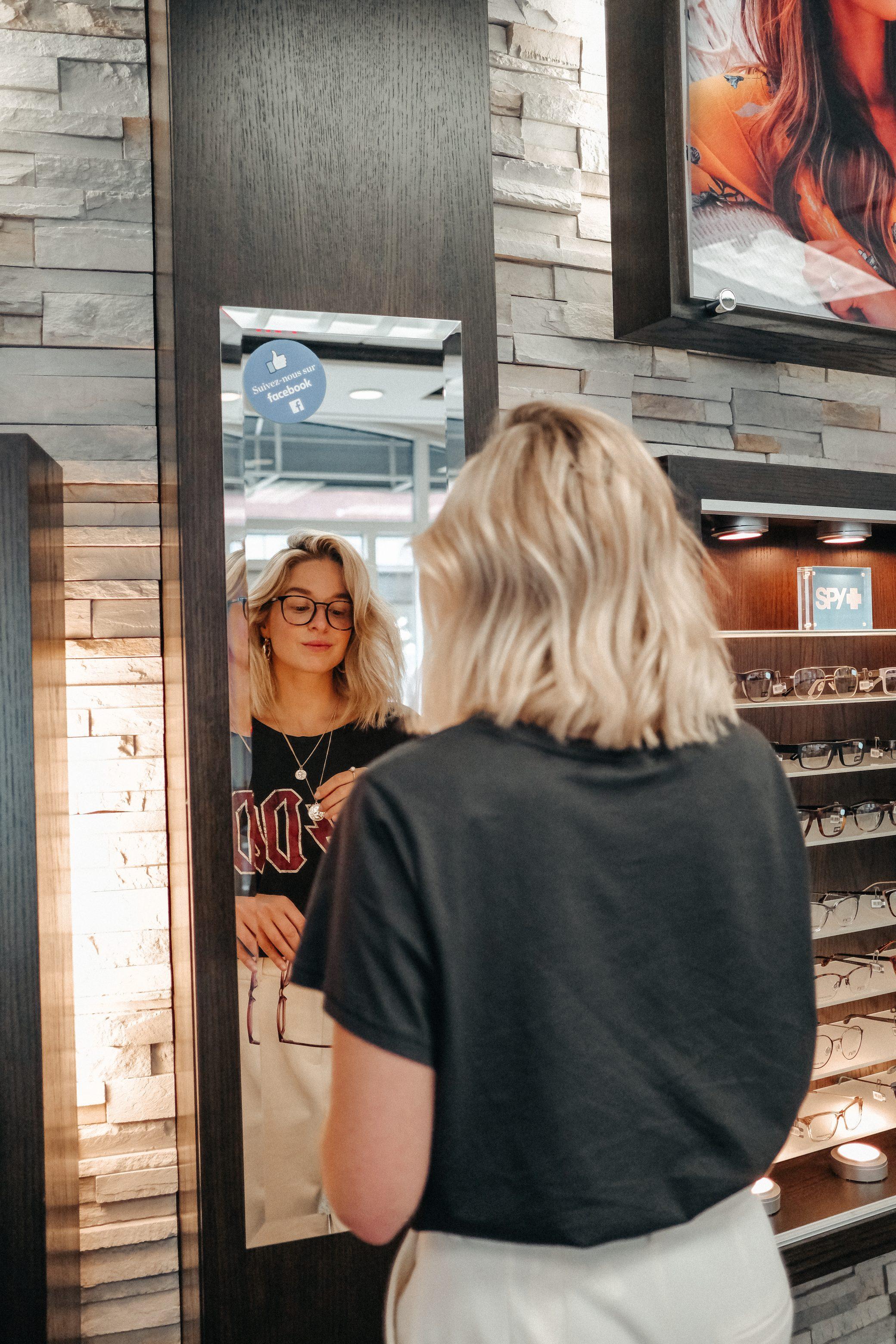 IRIS, Justine Brouillette, lunettes